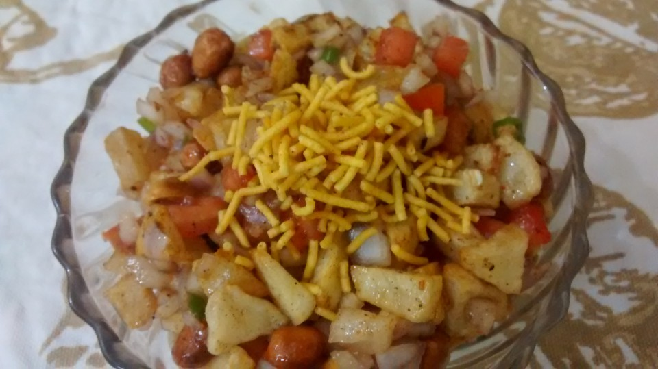 Potato Groundnut Bhel