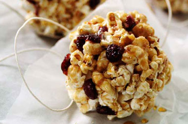 Cranberry-Maple-PopcornBalls