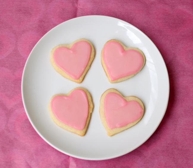 Heart-shaped-pink-cookies
