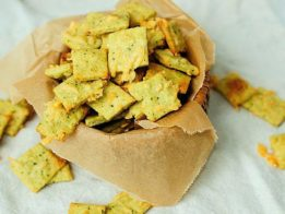 Spinach_Cheese_Crackers